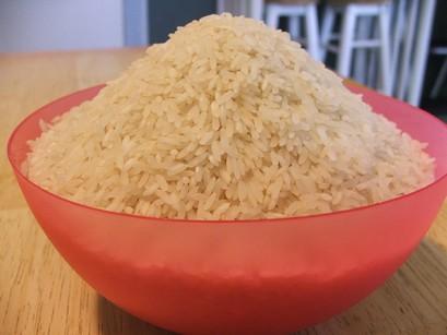 Салат с рисом и курицей рецепт с фото