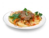 Картошка с тушенкой в мультиварке рецепты с фото