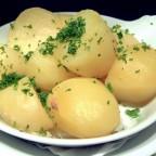 Молодой картофель в мультиварке рецепты с фото